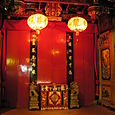 Singapore_entry_of_buddhist_temple
