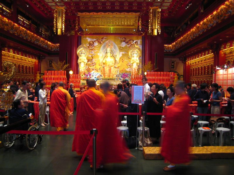 Singapore Buddha Tooth Relic Temple monks