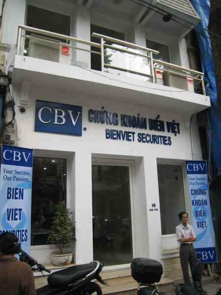 Hanoi_broker