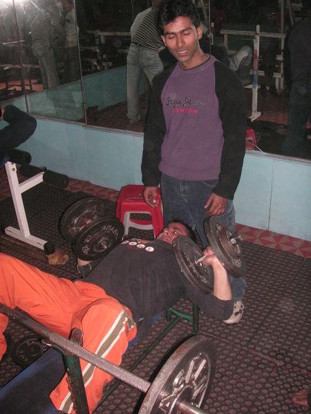 Srinagar_gym_barbells
