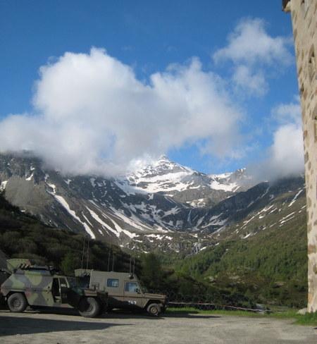 Swiss_artillery_reconnaissance