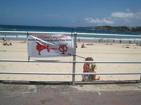 Bondi_beach_alcohol_free