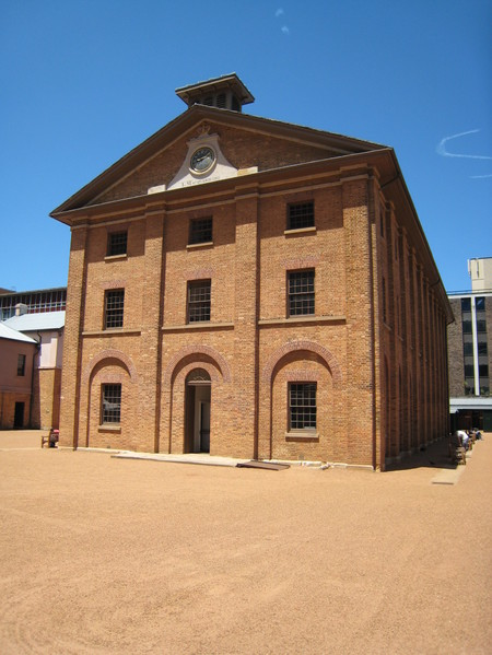 Hyde_park_barracks_sydney_2