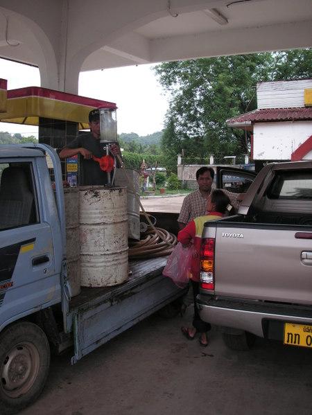 Luang_prabang_petrol_station_3