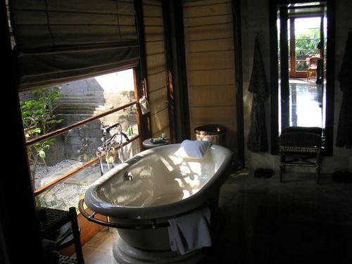 Bali_bath