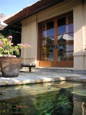 Bali_outside_bedroom