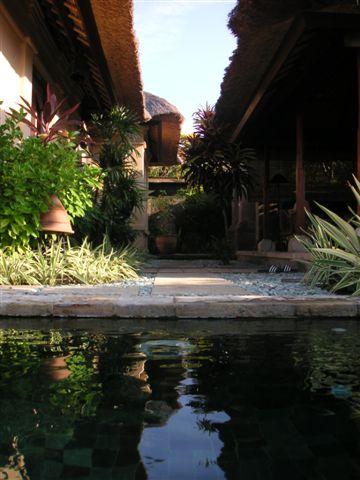 Bali_veranda_3