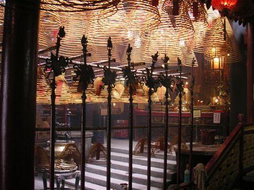 Inside_man_mo_temple_4
