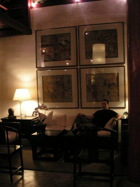 Chiang_mai_rachamankha_alex_living_room