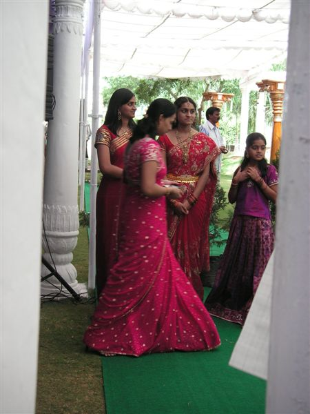 Hyderabad_ramu_and_sandhya_wedding_women_1