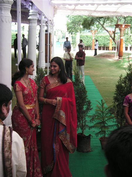Hyderabad_ramu_and_sandhya_wedding_women_2